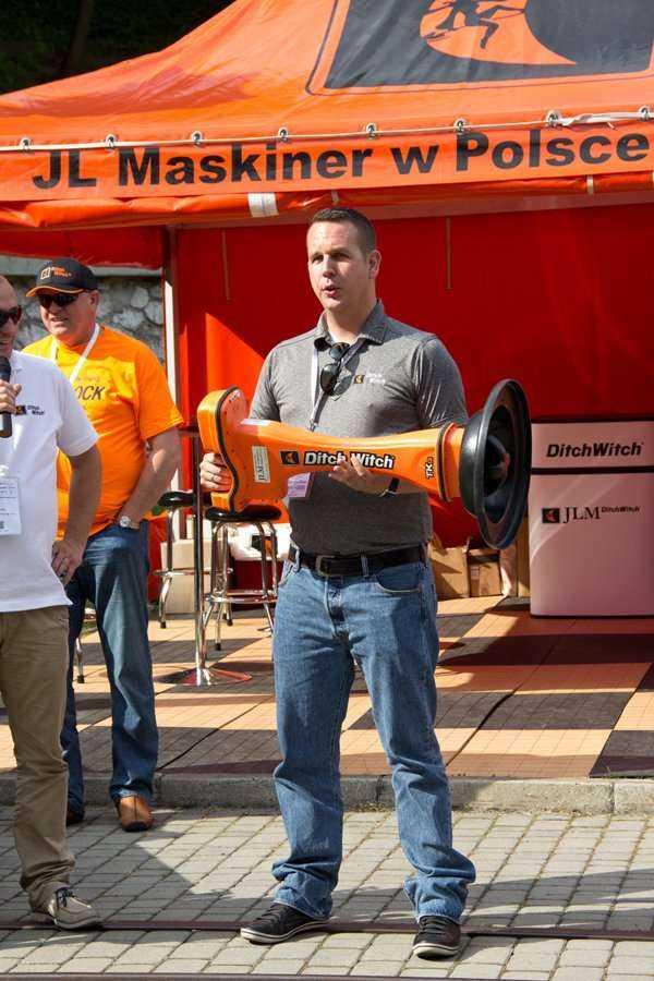 Pokaz firmy JL Maskiner w Polsce sp. z o.o. podczas warsztatów / fot. Quality Studio dla www.inzynieria.com