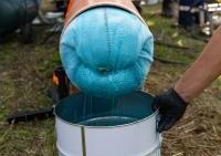 """Pokaz firm Terlan sp. z o.o., MC-Bauchemie i Insituform – prezentacja renowacji rurociągu wody spożywczej z wykorzystaniem rękawa InsituMain nasączonego żywicą Konudur 180 / Konferencja """"INŻYNIERIA Bezwykopowa"""" 2018 / fot. Quality Studio dla www.inzynieria.com"""