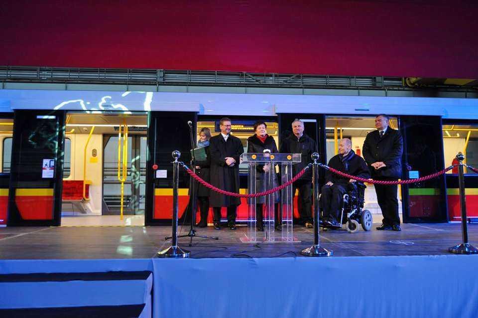 Nowe pociągi warszawskiego metra