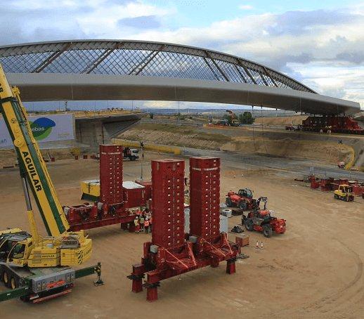 Jak przesunąć most nad autostradą? Nietypowa operacja w Madrycie