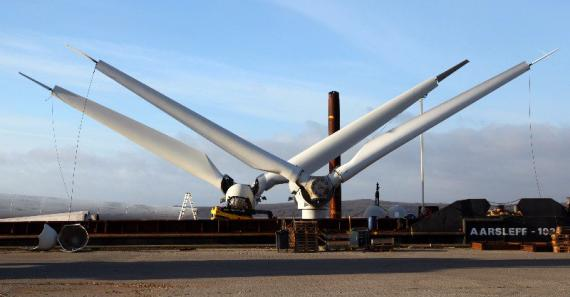 Rozbiórka najstarszej morskiej farmy wiatrowej