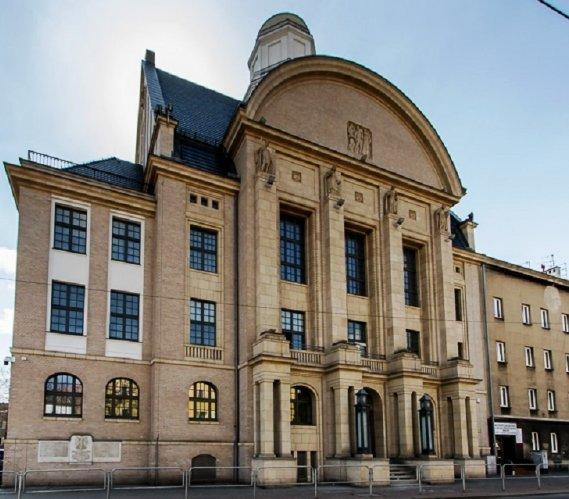 Katowice: przebudowa rektoratu Uniwersytetu Ekonomicznego