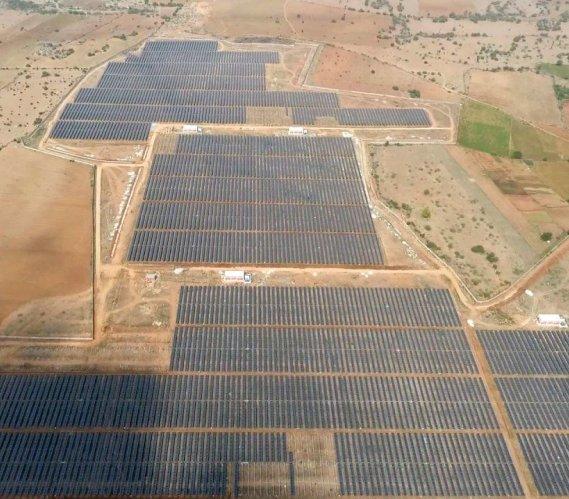 Indie: największa na świecie farma fotowoltaiczna