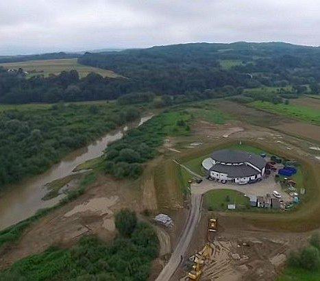 Budowa lewego obwałowania rzeki Ropy