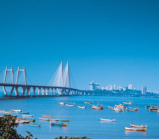 Jak budowano most przez Morze Arabskie?