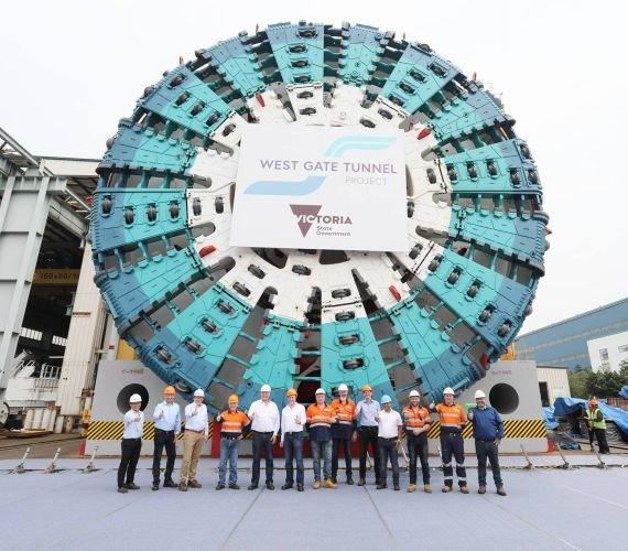 TBM Bella już na placu budowy w Australii. Średnica tarczy to aż 15,6 m