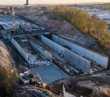 Budowa tunelu i skrzyżowania na powstającej Trasie Łagiewnickiej