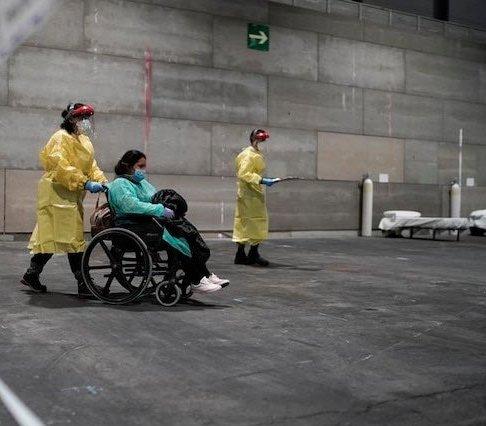 Szpital tymczasowy w hiszpańskim centrum konferencyjnym