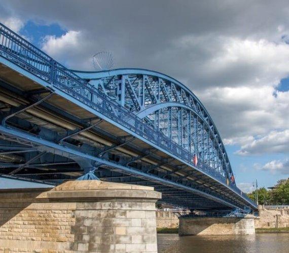 Kraków: wkrótce koniec remontu ważnej ulicy i najstarszego mostu