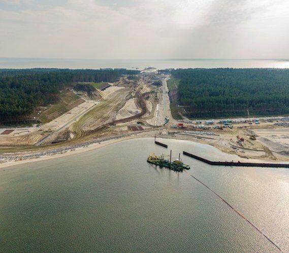 Przekop przez Mierzeję: budowa kanału żeglugowego