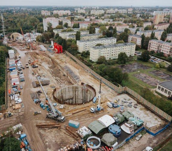 Zobacz, dlaczego szachty komór tunelu w Łodzi mają kształt koła