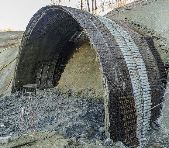 Budowa obejścia Węgierskiej Górki z tunelami – najnowszy film