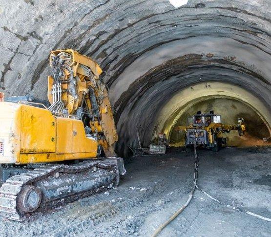 Intensywne prace tunelowe na drodze ekspresowej S1