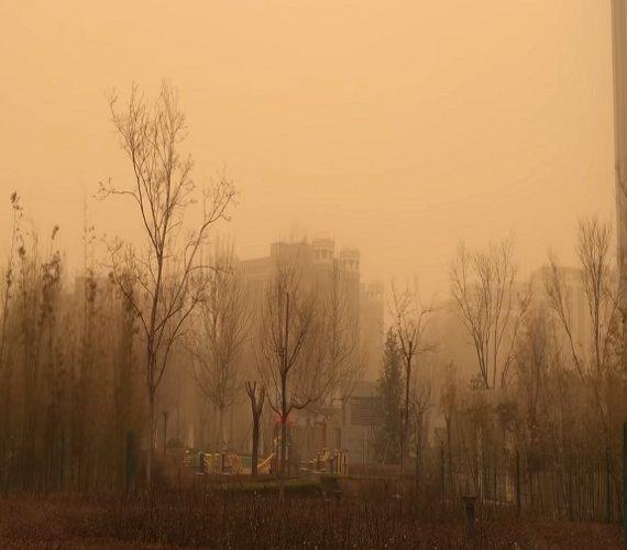 Chiny: największa burza piaskowa od 10 lat