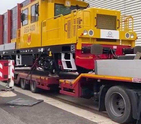 O II linię metra w Warszawie zadba potężna drezyna