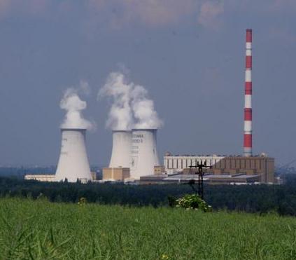 Zobacz, jak powstaje jedna z największych chłodni kominowych w Polsce