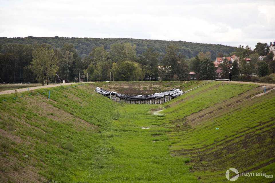 Inteligentny wał przeciwpowodziowy pod Krakowem