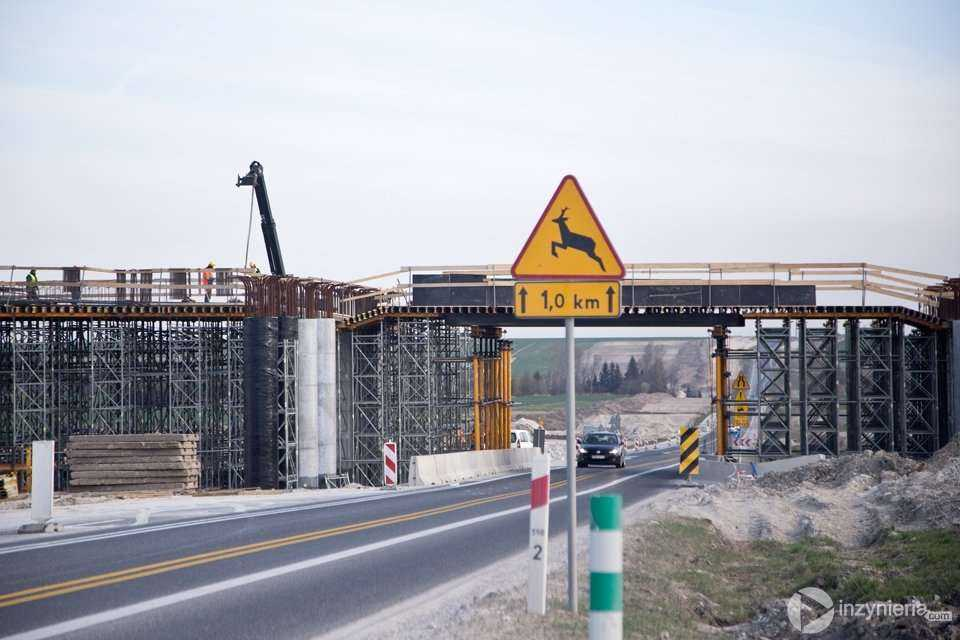 Budowa drogi S7 w okolicach Jędrzejowa